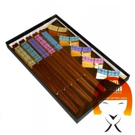 Réglez 5 baguettes en bois avec un repose-baguette coordonné Uniontrade DFW-73337852 - www.domechan.com - Nourriture japonaise